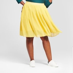 A New Day Yellow Pleated Skirt - Size 4X - NWT